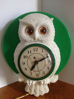 United 1950s Electric Wall Clock Owl with Movable Eyes United Clock Co Model 556