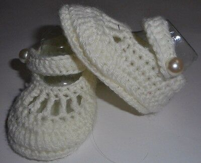 Off white Mary Jane strap newborn reborn baby booties/shoes: size 000 8.5 x 5 cm