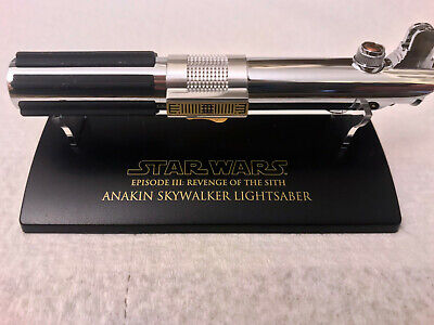 MASTER REPLICAS Anakin Skywalker Star Wars SCALED LIGHTSABER EP. III SW-310