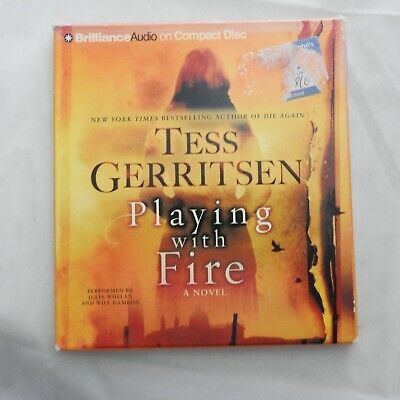 Playing with Fire - Tess Gerritsen  audio book on 4 CDs