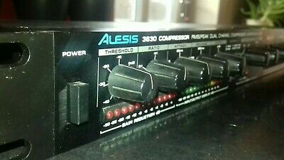 Alesis 3630 Dual Channel Compressor / Gate / Limiter ( Spares or Repairs )