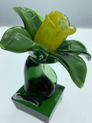 Vintage Hand Blown Art Glass Flower Daffodil ? Figurine Green Base Mid Century