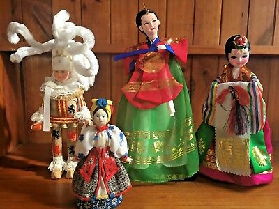 Souvenir Dolls From Around The World 8 Assorted International Collectable Dolls