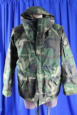 US Army Issue, Cold Weather Short Parker Jacket...Woodland Pattern