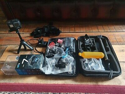 GoPro Hero7 black 64gb with accessories