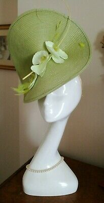 ANNETTE  GASKILL Lime Green Straw Feathers Wedding Ascot Headpiece Fascinator