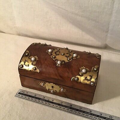 Beautiful Antique Jewellery Box With Great Interior