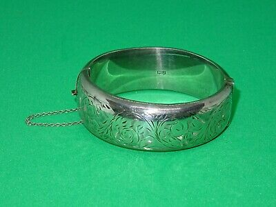 Vintage Sterling Silver Engraved Hinged Bangle - Chester 1959 - Smith & Ewen