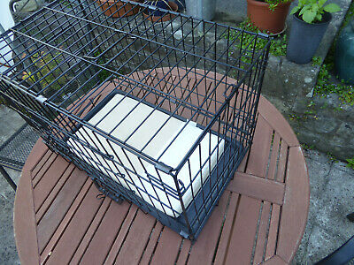 Folding Cat/Dog/Pet Cage Size:- 55cm x 39cm x 33cm (Plastic floor tray)