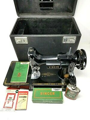 Singer Featherweight Sewing Machine Model 221-1 Portable Electric w/Accessories