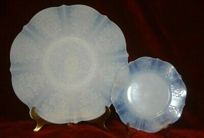 """11"""" Vintage Opaque Etched Milk-White Glass Serving Platter/Plate Beautiful"""