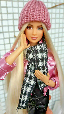 Celebrity Pop Singer Shakira Made To Move HYBRID Barbie Doll Fully Articulated