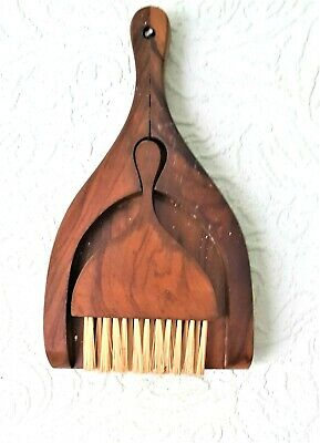 "VINTAGE TABLE CRUMB BRUSH & DUSTPAN - French Olive Wood  8.5"" X 5 "" - VGC"