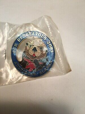 2003 Anchorage Alaska Fur Rondy Rendezvous LARGE Collector Pin Otter starfish