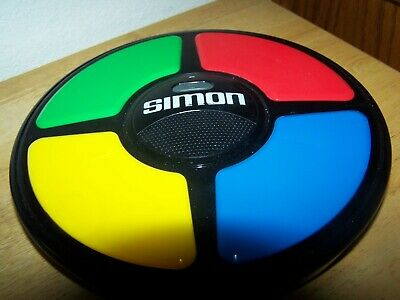Hasbro 2015 Simon Electronic Sounds and Lights Game