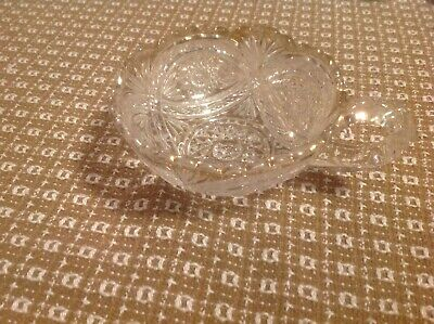 "Vintage Heavy 5"" Diameter Pressed Glass Bowl / Candy Dish with Handle, gold rim"