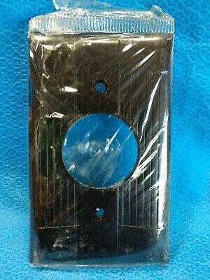 NOS EAGLE BAKELITE Tuxedo Round Wall Plate BROWN Switch Cover Ribbed