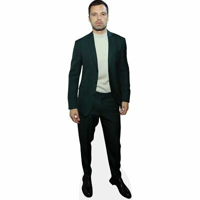 Sebastian Stan (Black Suit) tamano natural