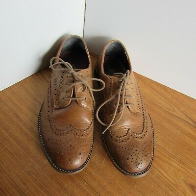 Next Supply Boys Shoes Size 5 Light Brown Leather Lace Up..Very nice shoes...