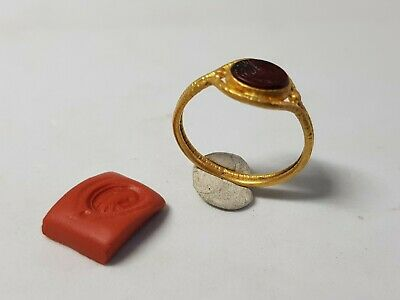 Roman Gold Ring with Eagle's Head Gemstone. 2nd century AD
