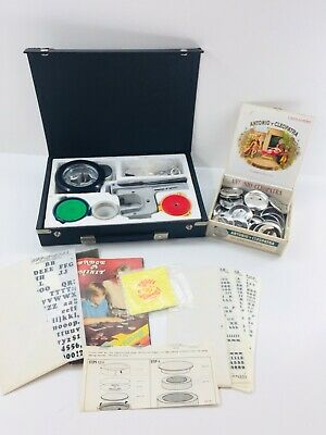 BADGE A MINIT Button Maker Hand Press System w/ Instructions & Extra Accessories