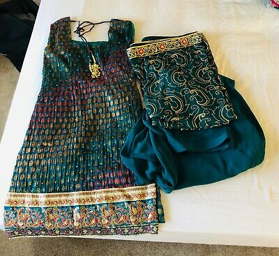 Ladies Indian Suit size 8/10 Emerald green & Gold worn once
