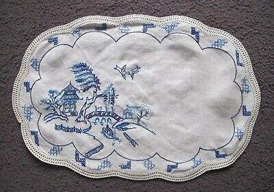 Willow Pattern DOILEY 100% pure LINEN Hand embroidered Crochet edge Vintage ecru