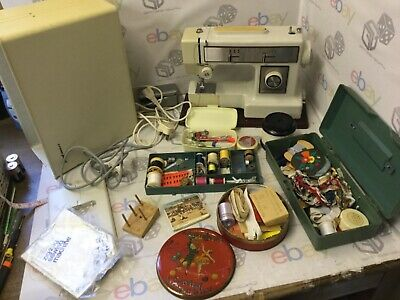 Zig-Zag Sewing Machine with accessories. Crown Point Model SZA-715F Foot Pedal