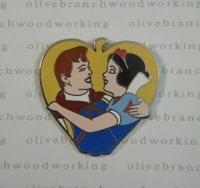 2013 Disney Couples PRINCE & SNOW WHITE And The Seven 7 Dwarfs Apple Mystery Pin