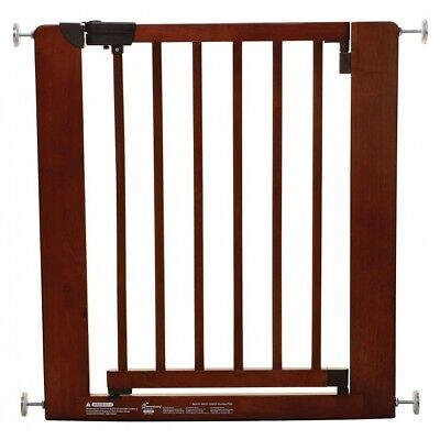 Dreambaby Barcelona Wooden Safety Gate - (73.5-81cm) - Warehouse Clearance