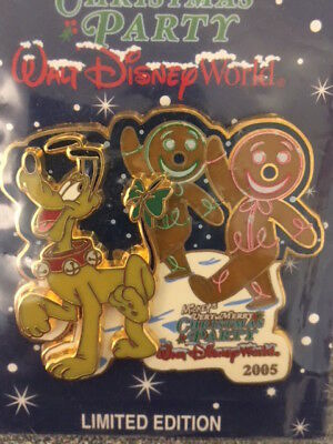 WDW Mickey's Very Merry Christmas Party 2005 Pin Pluto & Gingerbread Man SEALED