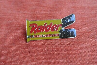 20792 Pin's Pins Raider Twix
