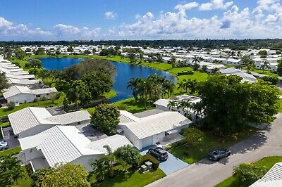 S. Florida, 2/2, NEW ROOF, On LAKE, Breeze/Trees/SHADE, 55+, BEST LOCATIONs (2)