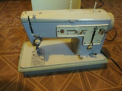Vintage Singer Zig-Zag 457 Sewing Machine W/ Hard Case Pedal Tested pre-owned