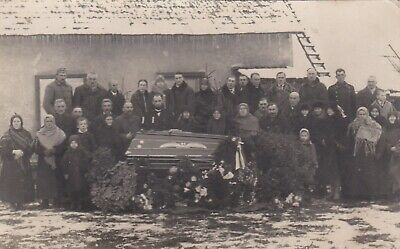 1910s FUNERAL POST MORTEM COFFIN MOURNING men women old Russian antique photo