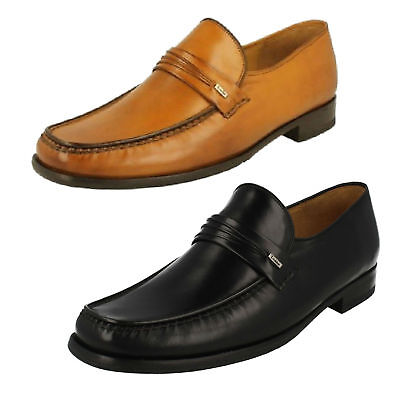 Loake /'Hurst/' Men Black Leather Lace Up Shoes F Width Fitting