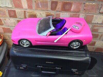 Barbie  2001 Hot Pink Corvette Convertible Car With   Remote Control