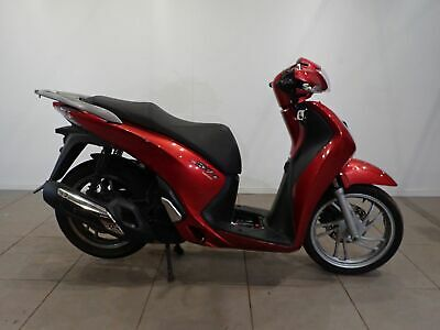 Honda SH 125 Red 2015 Spares or Repairs Restoration Project Donor Bike