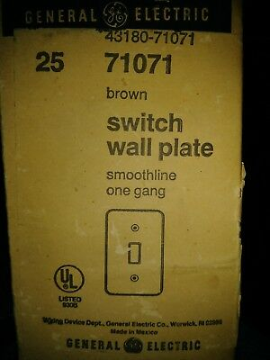 Box of 25 Vintage GE 71071 Brown  Smooth Single Switch Plate NOS New