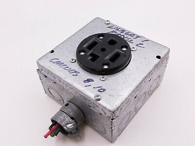 Leviton 278 Receptacle Outlet 30A 3 Pole 4 Wire 125/250V Electrical Box 2 HP