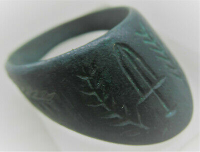 Circa 200-300Ad Ancient Roman Bronze Archers Thumb Ring With Wreath & Gladius