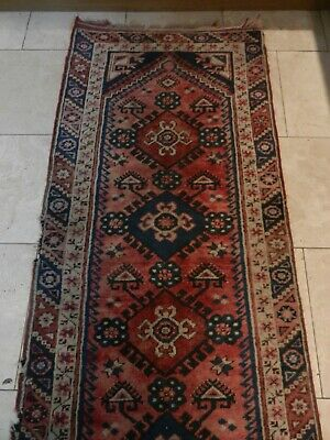 EARLY 20thC LONG PATTERNED RUNNER RUG - GOOD GENERAL CONDITION