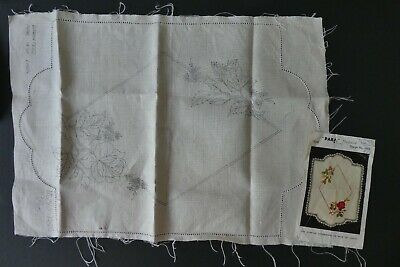 Para needlework design 6360 Stamped linen embroidery with roses 14x20 inch mat