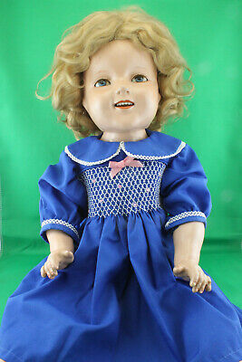 Vintage 1930's SHIRLEY TEMPLE 22 inch Composition Doll Blinking eyes - SWEET!