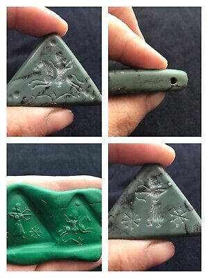 Wonderfull Very Old Jade Stone Double Side Inatglio Squre Pendent