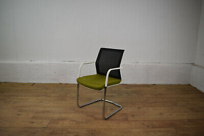 Orangebox WD-CA Green/White Cantilever Office Meeting Visitor Chair