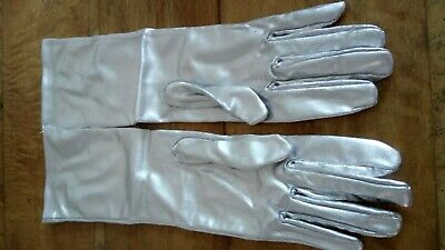 Vintage 1960s Silver Nylon  Evening Opera Gloves Size 7 In Mint Condition unused