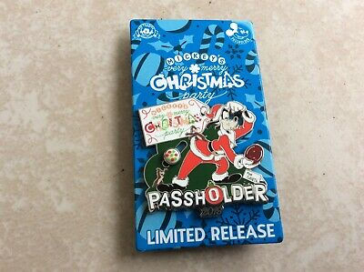 2019 Disney Mickey's Very Merry Christmas Party Annual Passholder Goofy Pin