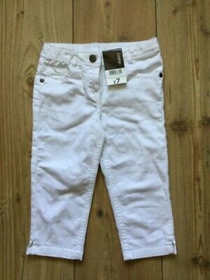 George (Asda) girls' white cropped trousers  (5-6 years), new with tags.