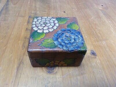 Pretty Vintage Hand Carved & Painted Wooden Trinket Box with Hinged Lid